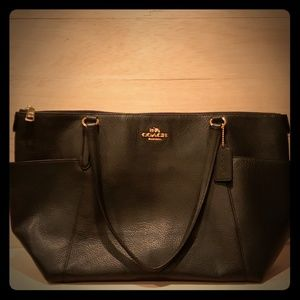 AUTHENTIC Coach Pebble Leather Ava Tote